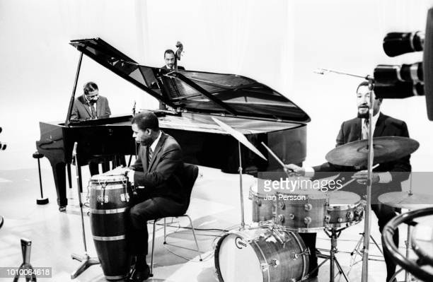 American jazz pianist Erroll Garner in TVstudio Copenhagen 1967 with Jose Mangual Ernest McCarty and Jimmie Smith