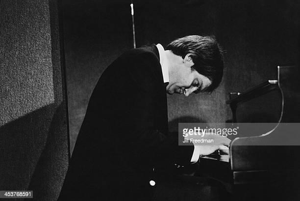 American jazz pianist Harold Danko plays with Gerry Mulligan at 'Kenny's Castaways' New York City 1981