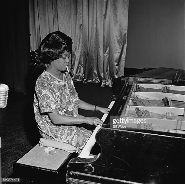 American jazz singer and pianist Sarah Vaughan performing at Nottingham Odeon UK September 1963
