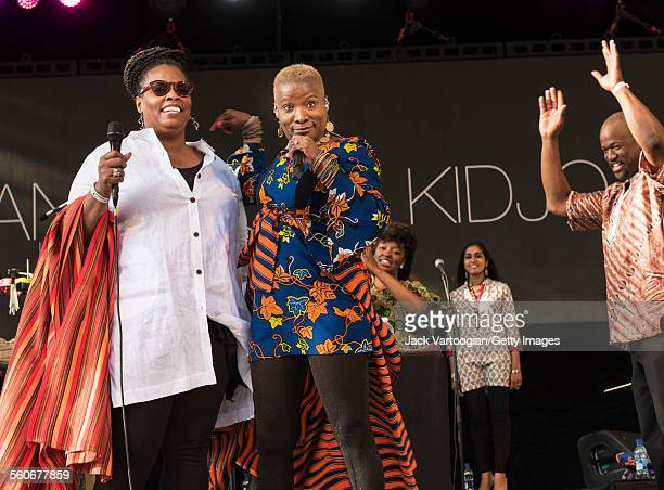 American Jazz singer and special guest Dianne Reeves performs onstage with Benineseborn American musician Angelique Kidjo and her band at Central...