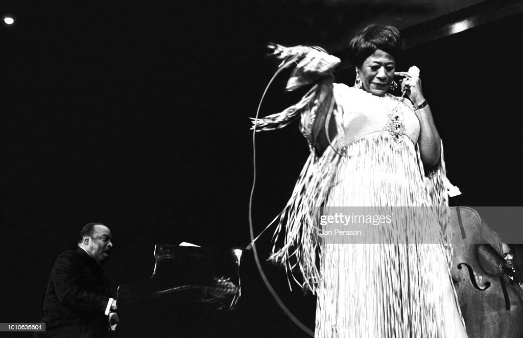 Ella Fitzgerald And Count Basie : News Photo