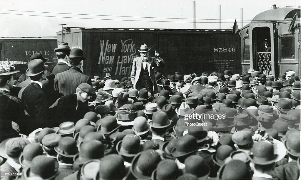 Eugene V. Debs Campaigns : News Photo