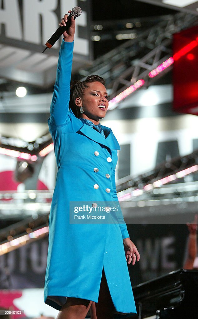 American musician Alicia Keys performs on stage at the 'We are the Future' all-star humanitarian concert May 16, 2004 at Circus Maximus in Rome, Italy. The show will be is being broadcast globally on MTV and will raise money to open child centers in the most war torn regions of the world.