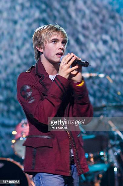 American musician and actor Jesse McCartney performs onstage at the Rosemont Theater, Rosemont, Illinois, May 10, 2005.