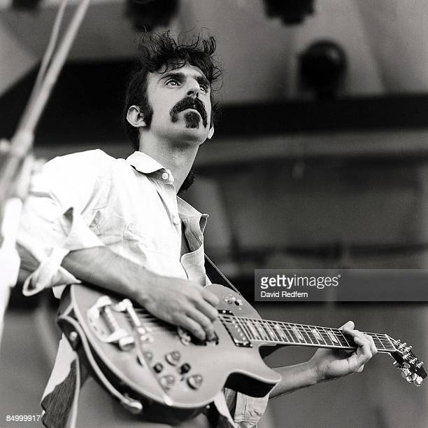 FESTIVAL Photo of Frank ZAPPA playing Gibson Les Paul guitar with Bigsby vibrato MusicBrainz e20747e755a4452e87667b985585082d