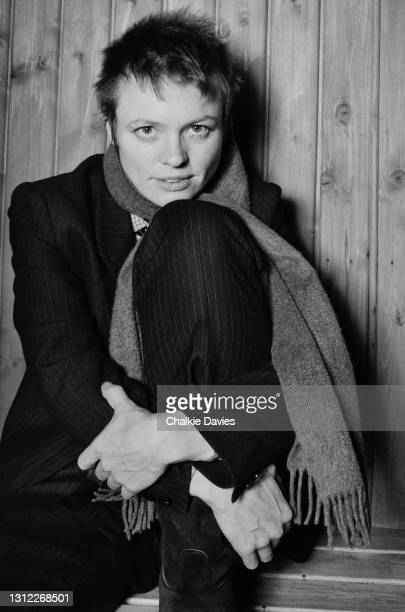 American musician and performance artist, Laurie Anderson, in the basement sauna at the offices of Warner Brothers records in London, 1981.