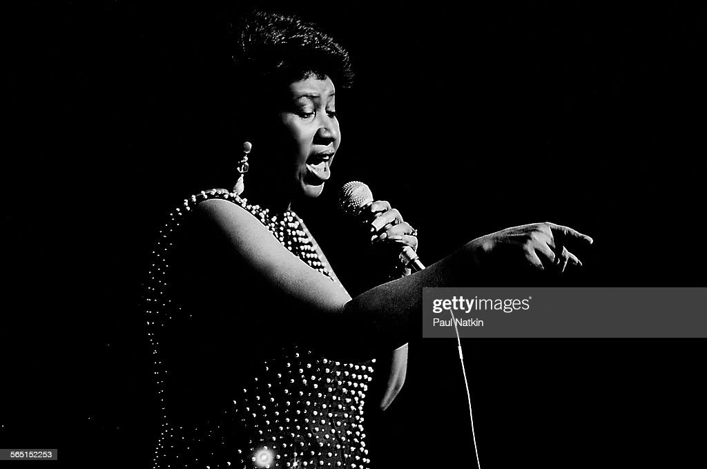 Aretha Franklin At The Chicago Theater : News Photo