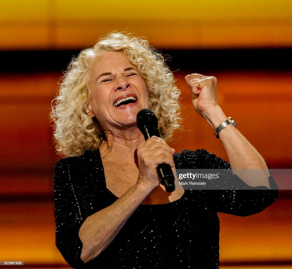 American musician Carole King performs on stage on the final day of the Democratic National Convention at the Wells Fargo Center, Philadelphia, Pennsylvania, July 28, 2016.