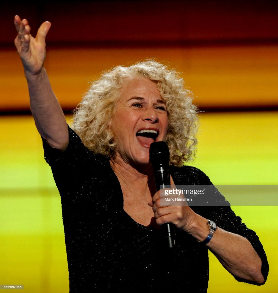 Carole King Performs At The DNC : News Photo