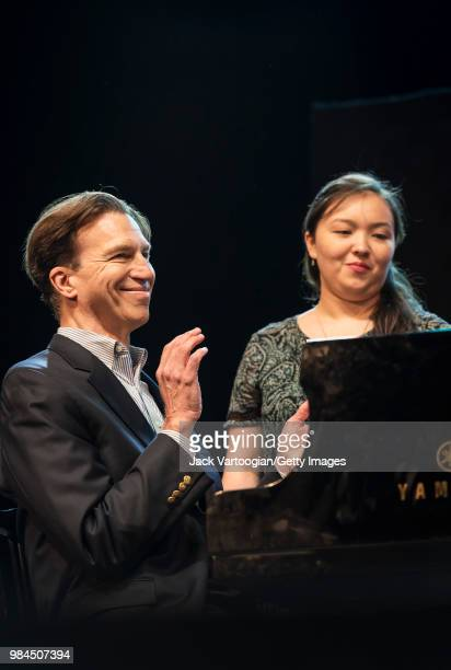 American musician Dan Saunders on piano and page-turner Julia Harbutt accompany the tenth annual season-opening concert in the Metropolitan Opera...