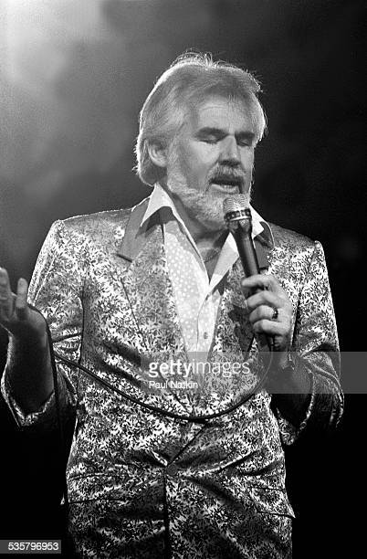 American musician Kenny Rogers performs at the Rosemont Horizon , Rosemont, Illinois, March 22, 1985.