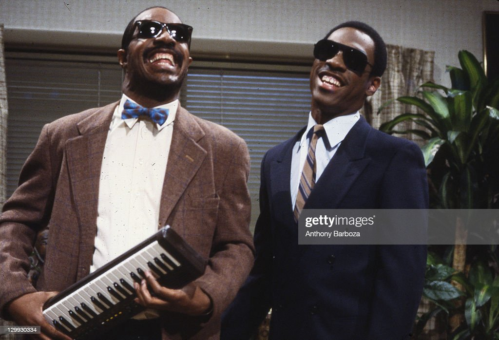 Wonder & Murphy On Saturday Night Live : News Photo