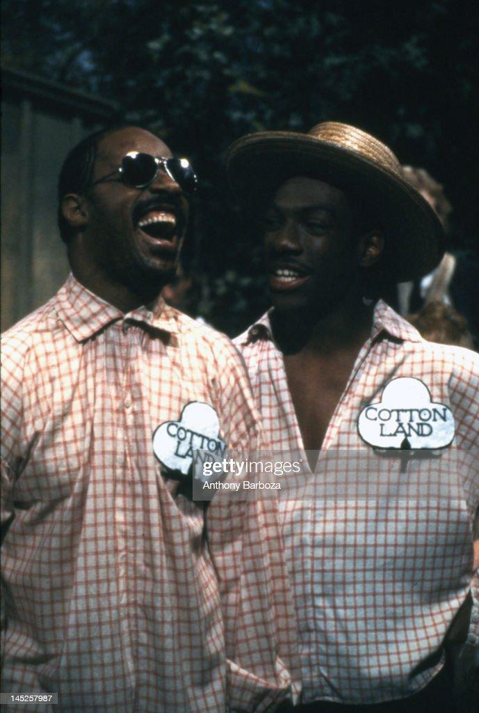 Wonder & Murphy On SNL : News Photo