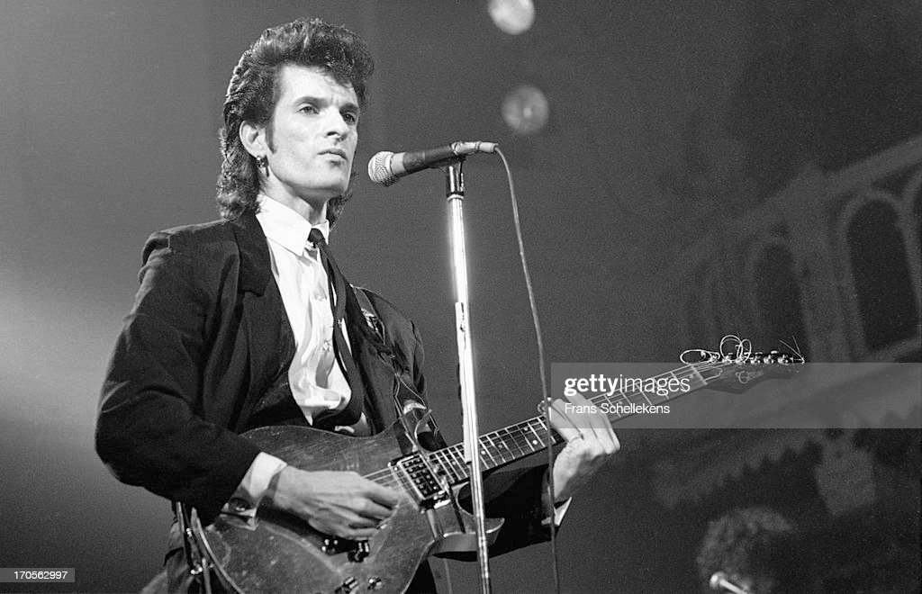 American musician Willy DeVille (1950-2009) from Mink DeVille performs live on stage at the Paradiso in Amsterdam, Netherlands on 8th November 1988.