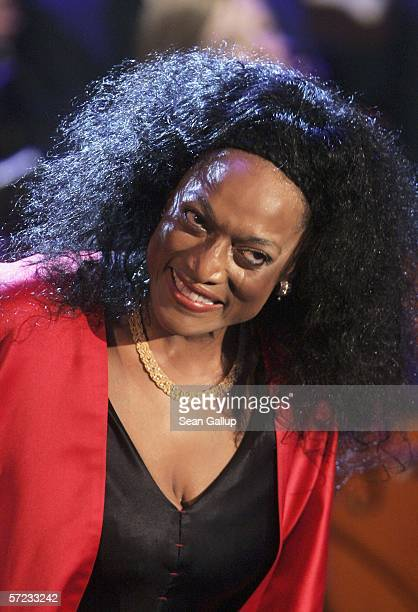 """American opera singer Jessye Norman performs at the talk and game show """"Wetten Dass . . . ?"""" April 1, 2006 in Halle, Germany."""