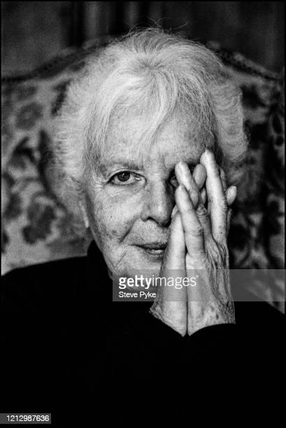 American photographer and painter Lillian Bassman Paris 16th October 1994