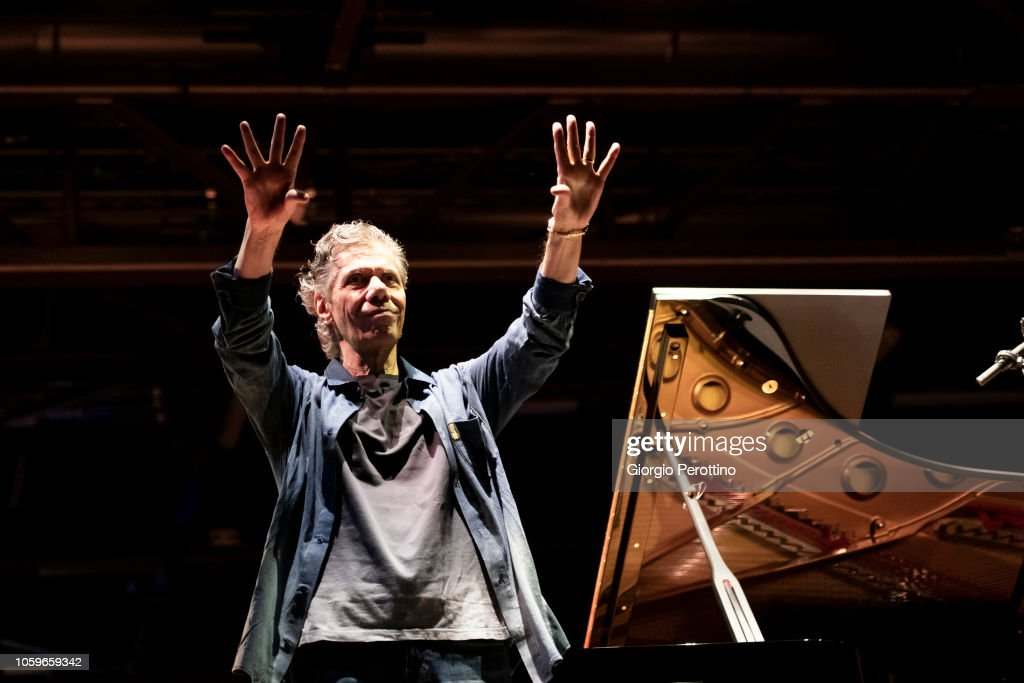 Chick Corea Performs At OGR Jazz Club : News Photo
