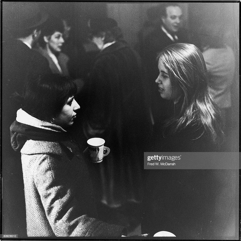 Jones & Glassman At The Artist's Club : News Photo