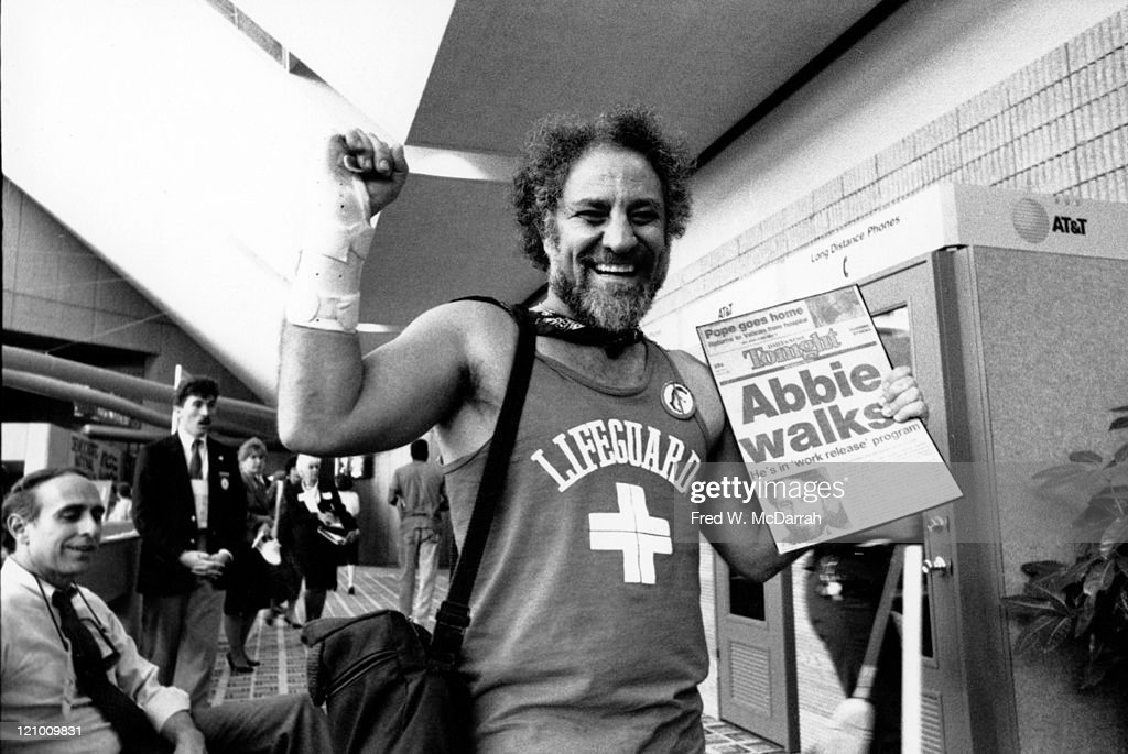 Abbie Hoffman At 1988 DNC : News Photo