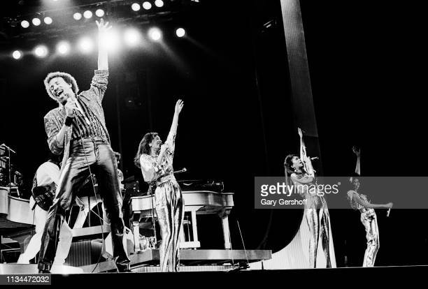 American Pop and RB musician Lionel Richie performs performs with the Pointer Sisters onstage at Radio City Music Hall New York New York October 11...