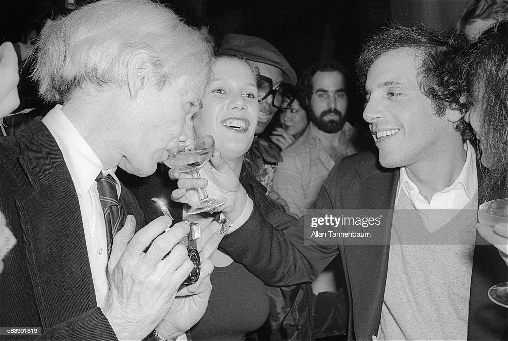 Rubell & Warhol At Studio 54 : News Photo