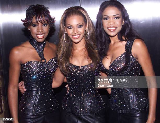 """American pop group """"Destiny's Child"""" attend the MTV Music Video Awards held at Radio City Music Hall on September 7, 2000 in New York."""