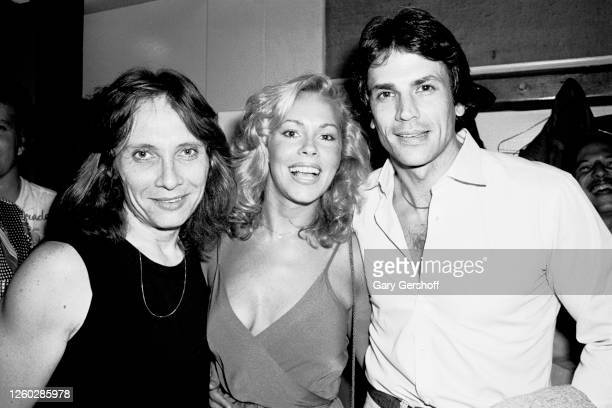 American Pop musician Benny Mardones Disco singer Lenore O'Malley and actor and Country singer Wayne Massey pose backstage after Mardones'...