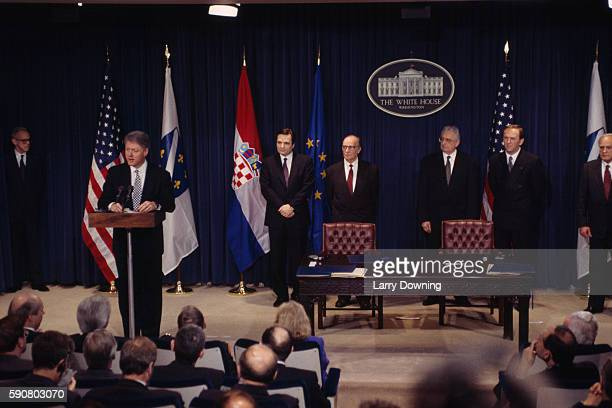 American President Bill Clinton delivering a speech during the signing of the Bosnian agreement between Croats and Muslims Bill Clinton Haris...