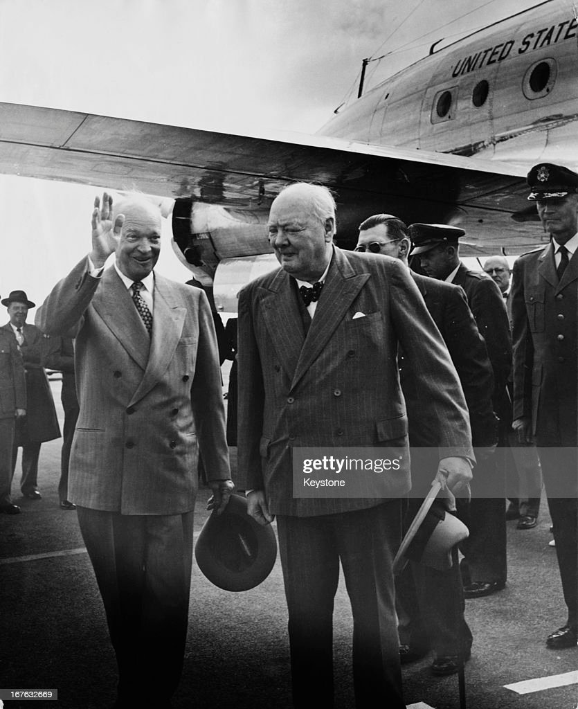 Churchill And Eisenhower In Bermuda : News Photo