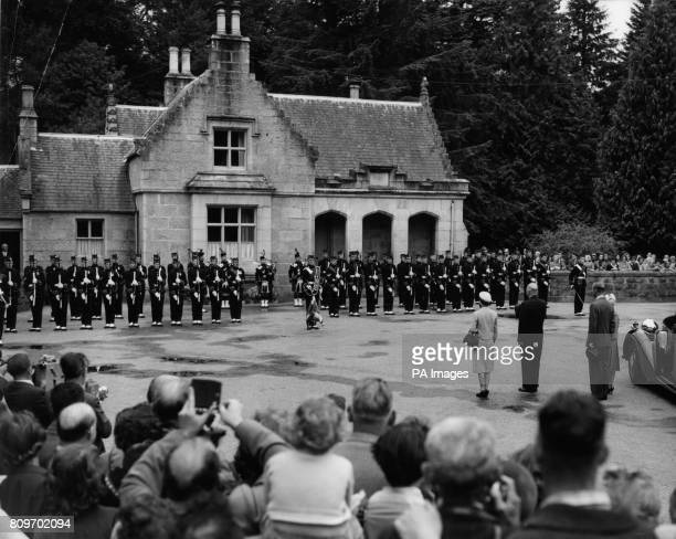 American President Dwight D Eisenhower stands with Queen Elizabeth II the Duke of Edinburgh and Princess Anne at the gates of Balmoral Castle as the...