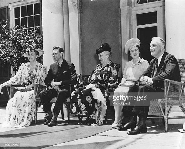 American President Franklin D Roosevelt his wife First Lady Eleanor Roosevelt and mother Sara Roosevelt host King George VI and his wife Queen...