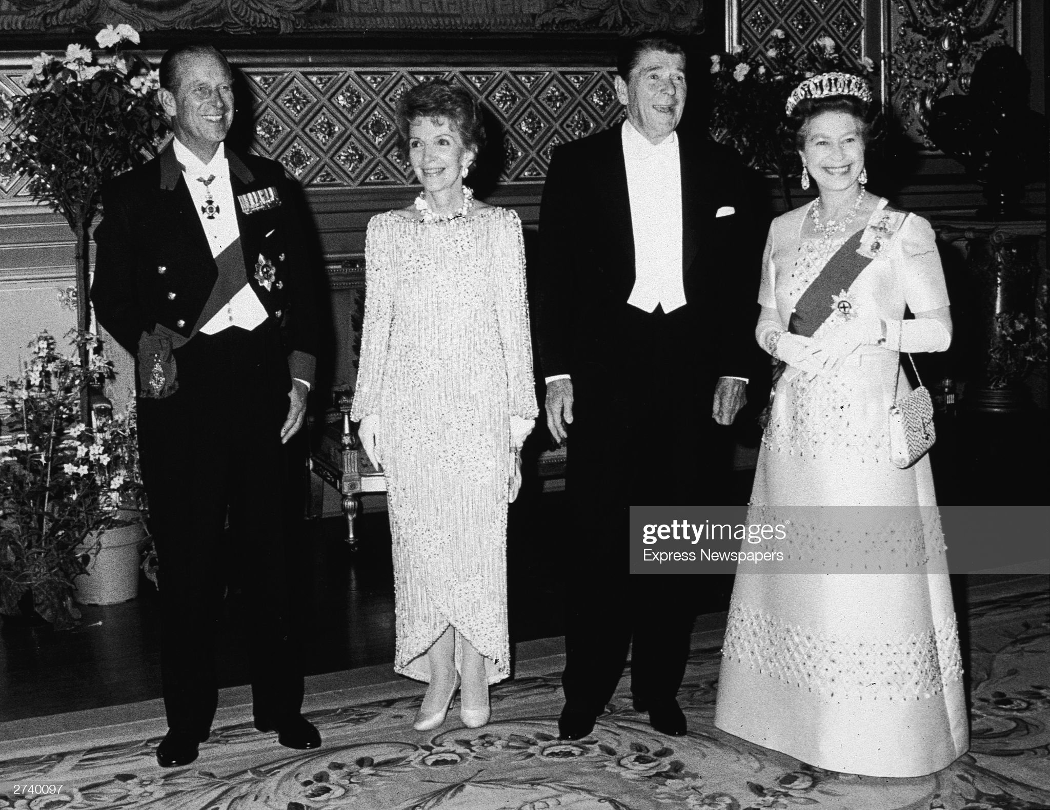 President & Mrs. Reagan With Queen Elizabeth & Prince Phillip : News Photo