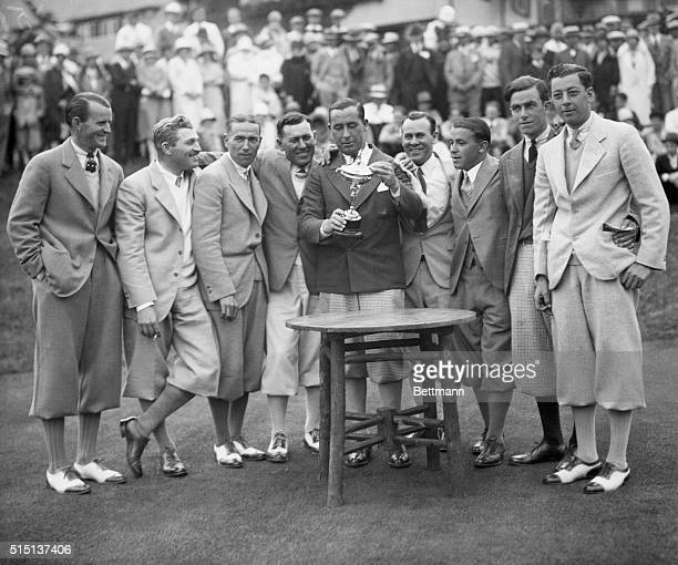 American Pro Golfers win Ryder Cup from Britain. Left to right; Al Waltrous, Bill Melhorn, Diegel Leo, F. Golden, Walter Hagen, Joe Pennoza, Gene...