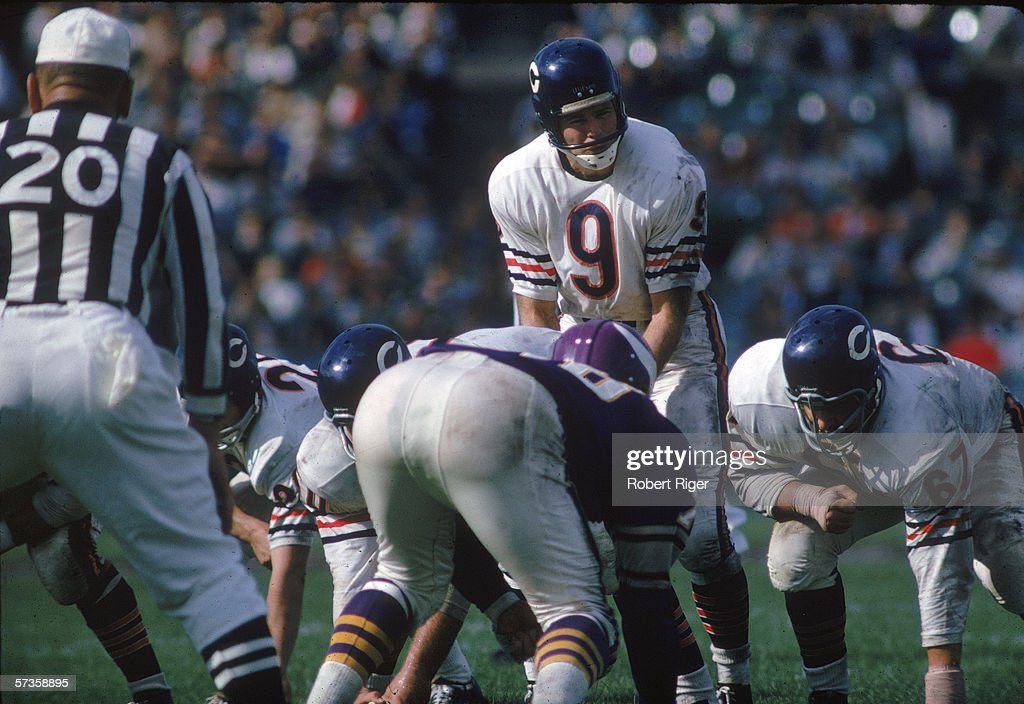 Bill Wade Of The Chicago Bears : News Photo