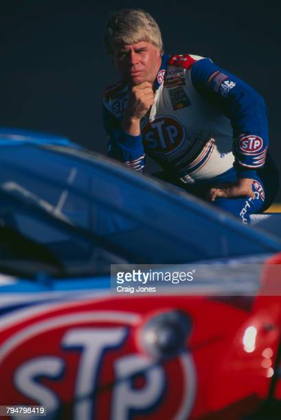 American racing driver Bobby Hamilton with his STPsponsored number 43 Pontiac during practice for the Exide NASCAR Select Batteries 400 at Richmond...