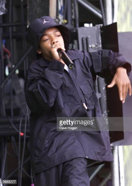American rap star L'il Bow Wow performs on stage at the annual Party in the Park in Hyde Park on July 8 2001 in London