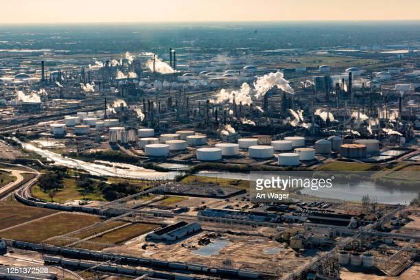 american refinery aerial - gulf coast states stock-fotos und bilder