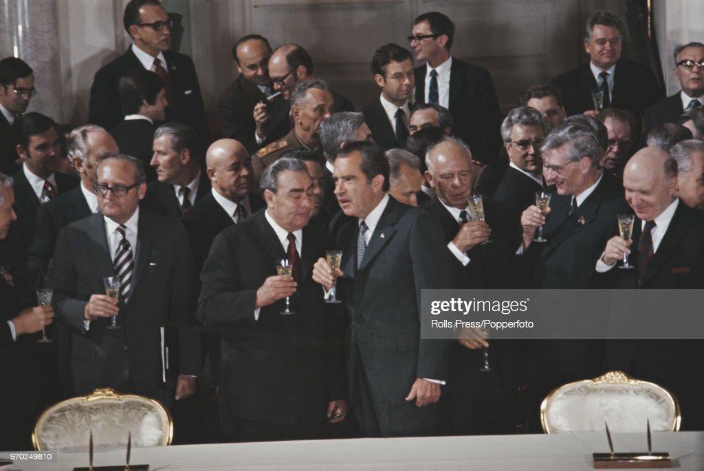 President Nixon State Visit To Soviet Union : News Photo