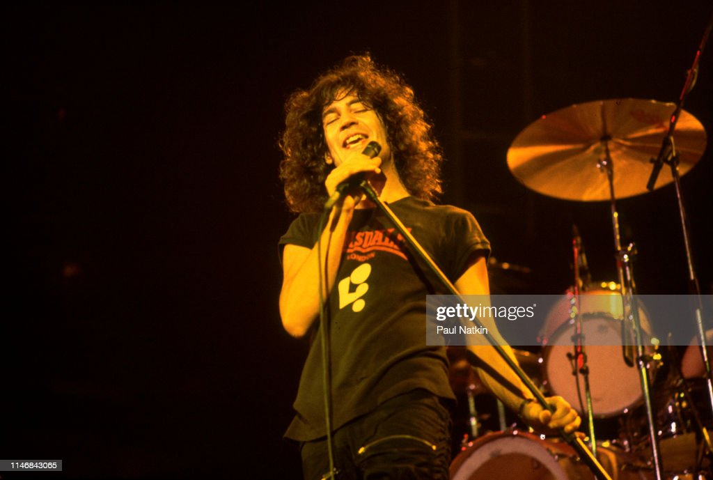 Billy Squier At The Rosemont Horizon : News Photo