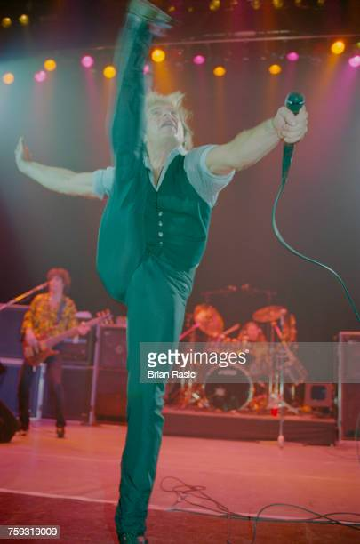 American rock singer David Lee Roth formerly lead singer with Van Halen performs live on stage at the Hammersmith Apollo in London on 21st May 1994