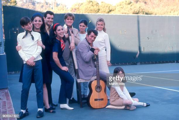 American singer actor and comedian Dean Martin poses with his wife Jeanne and children Ricci Martin Gail Martin Craig Martin Claudia Martin Dean Paul...