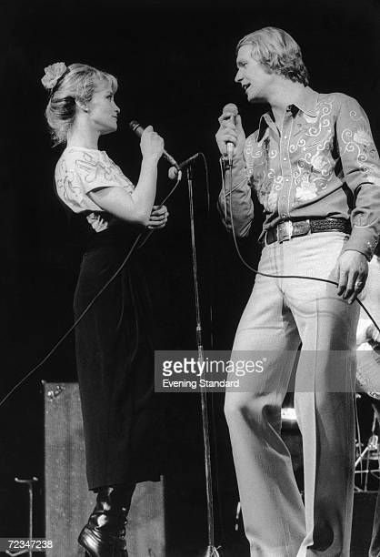 American singer and actor David Soul performs a duet with actress Lynne Marta 17th March 1977