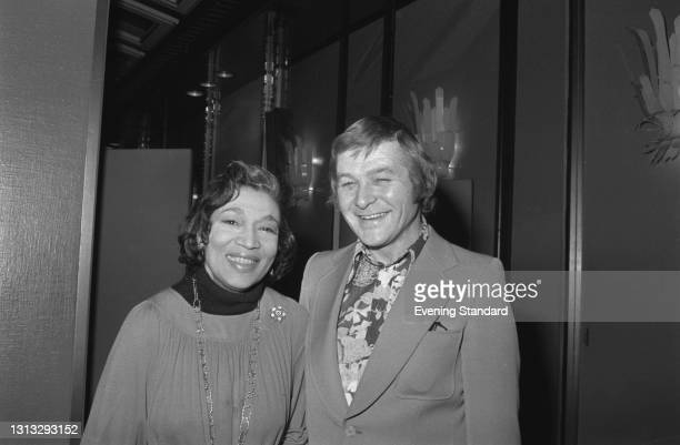 American singer and actress Elisabeth Welch with English composer and pianist Peter Greenwell , UK, 21st November 1973.