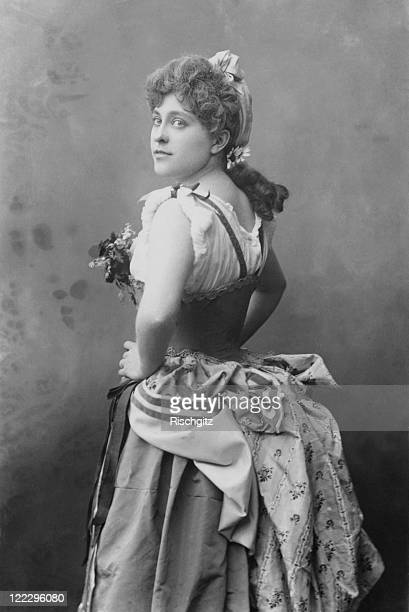American singer and actress Geraldine Ulmar as she appears in the role of Gianetta in the first production of 'The Gondoliers' by Gilbert and...
