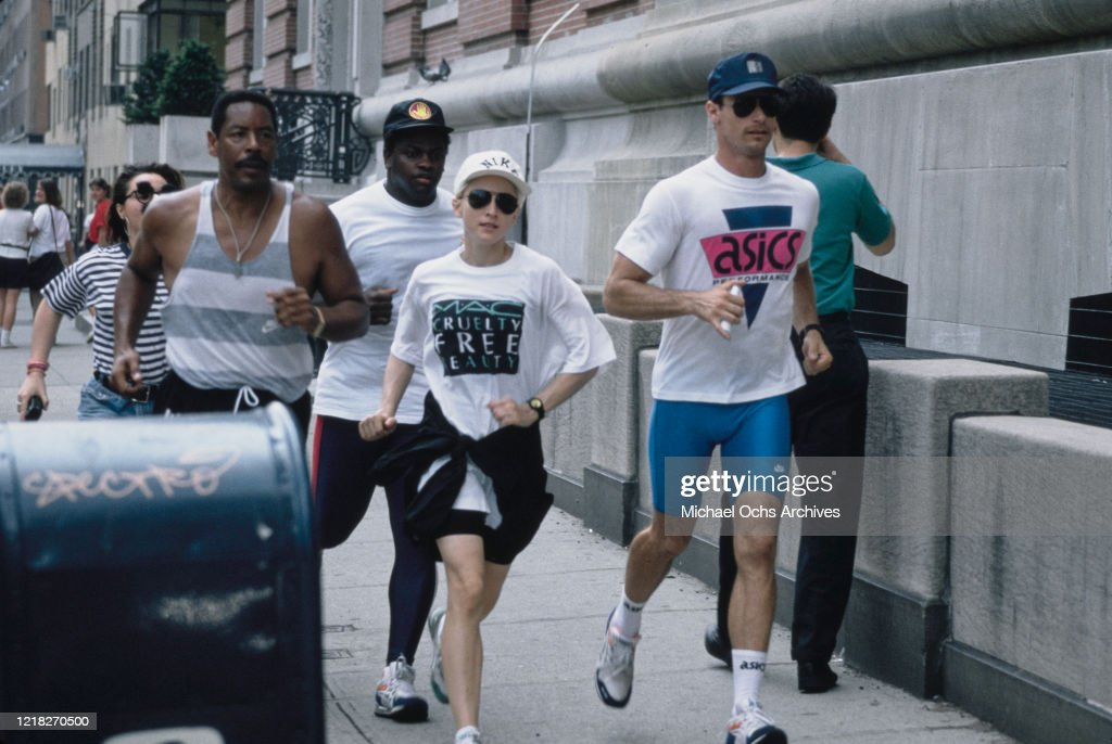 Madonna Out Jogging : News Photo