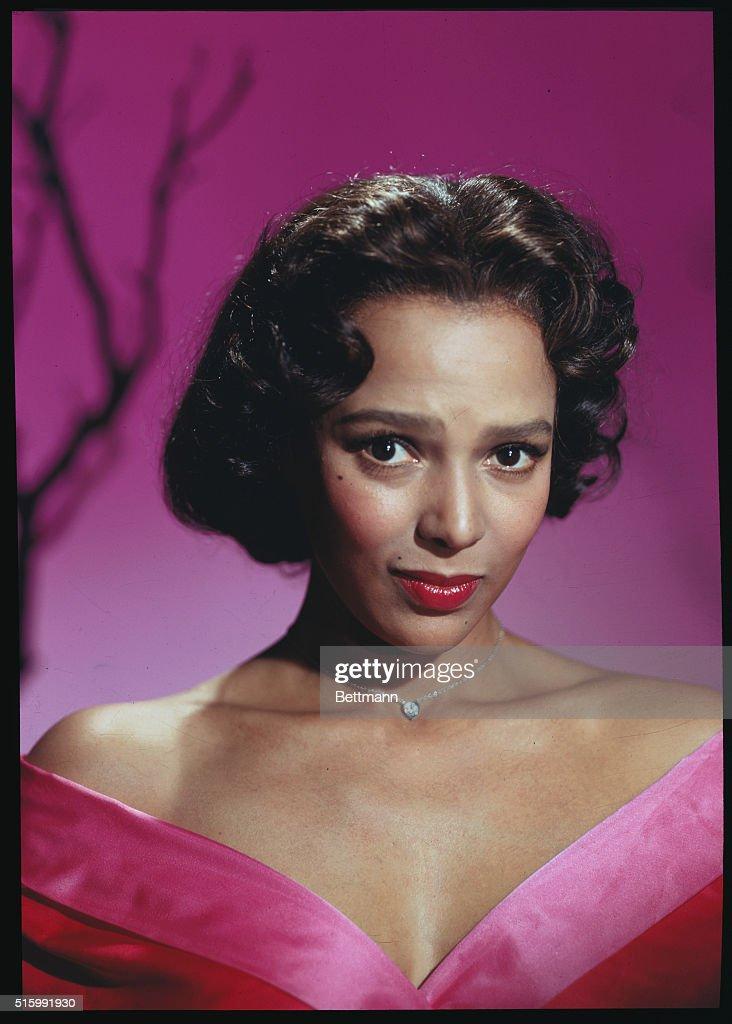 Portrait of Dorothy Dandridge : News Photo