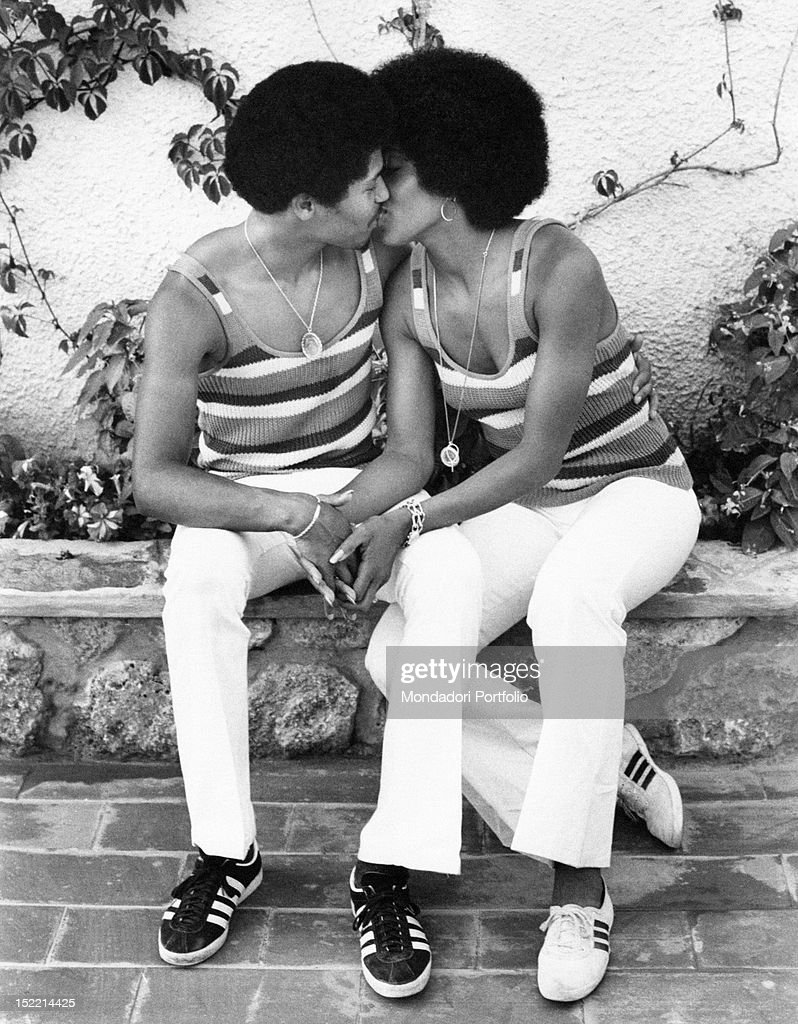 Images Of Lola Falana Complete lola falana and feliciano tavares kissing pictures | getty images