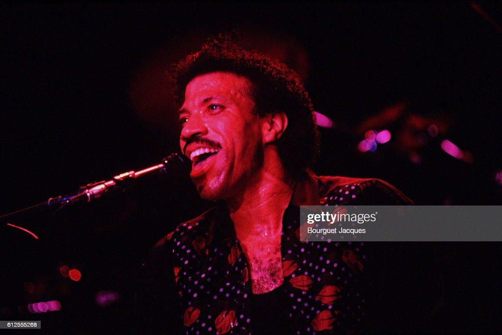 American singer Lionel Richie : News Photo