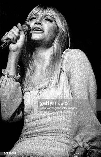 American singer and songwriter Mary Travers performs in a solo concert at the Schaefer Music Festival Wollman Rink Central Park New York New York...