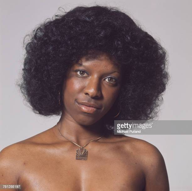 American singer and songwriter Natalie Cole 23rd October 1975